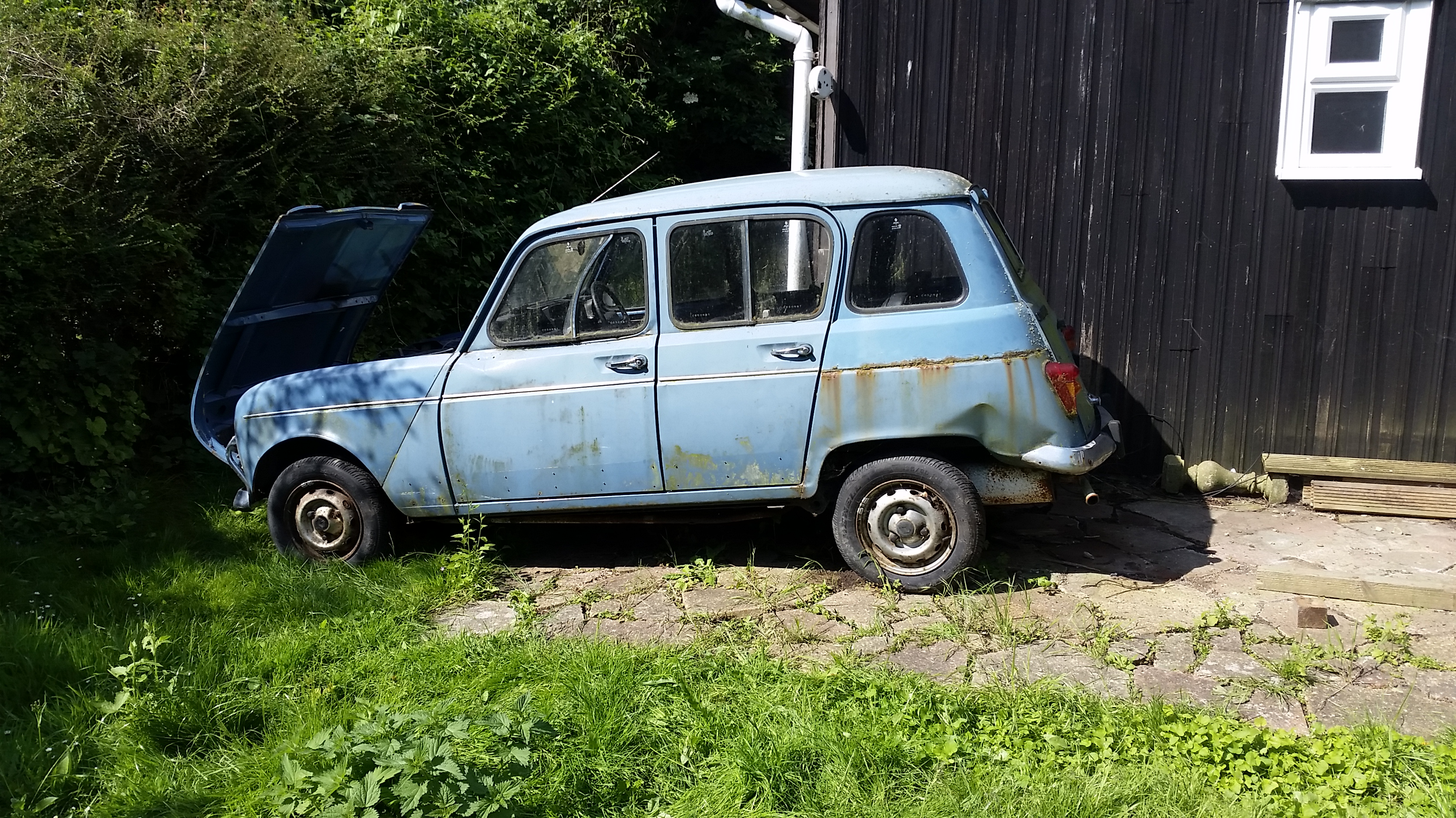 Another Renault 4